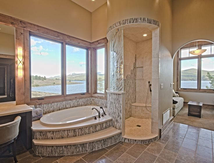 Shower AND Bath Tub In This Modern Bathroom. Another