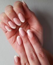 natural french tip acrylic nails