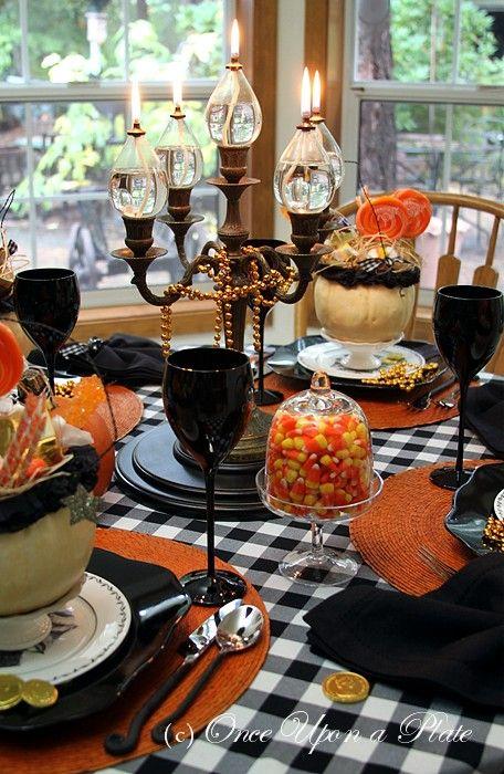 Halloween Table...: