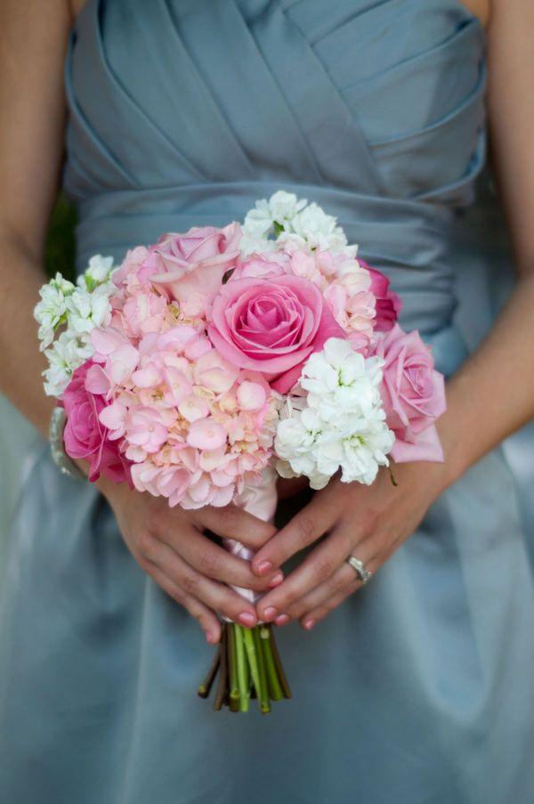 Die besten 25 Brautstrauss rosen hortensien Ideen auf Pinterest
