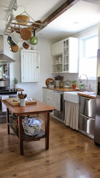 rustic farmhouse country kitchen 1088 best A Country Farmhouse images on Pinterest