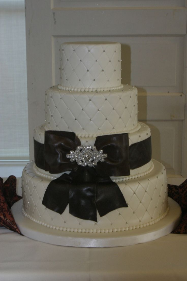 Style And Tasty With Cake Boss Wedding Cakes Lovely 4 Tier