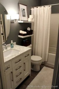25+ Best Ideas about Small Bathroom Decorating on ...