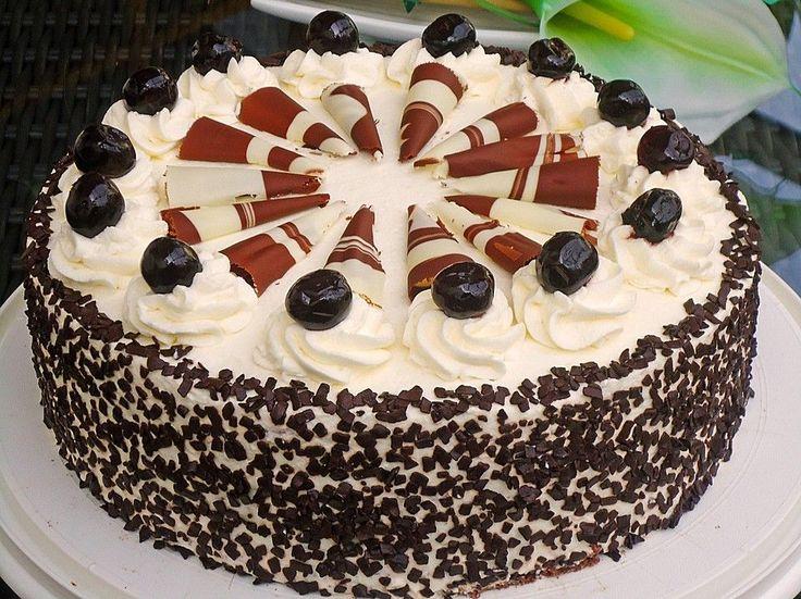 Mon Cheri  Torte Fr den Biskuitboden 100 g Butter 6 m