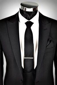 Black suit + black tie | My Style | Pinterest | Vests ...