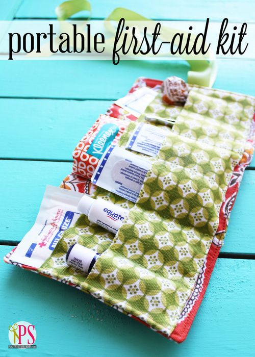 Portable First-Aid Kit Sewing Pattern and Tutorial, What a great project for #Pr