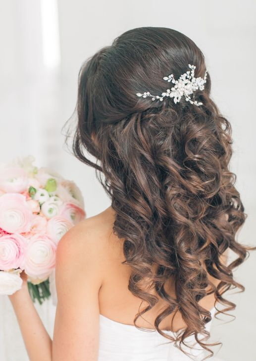 25 Best Ideas About Wedding Hairstyles On Pinterest Wedding