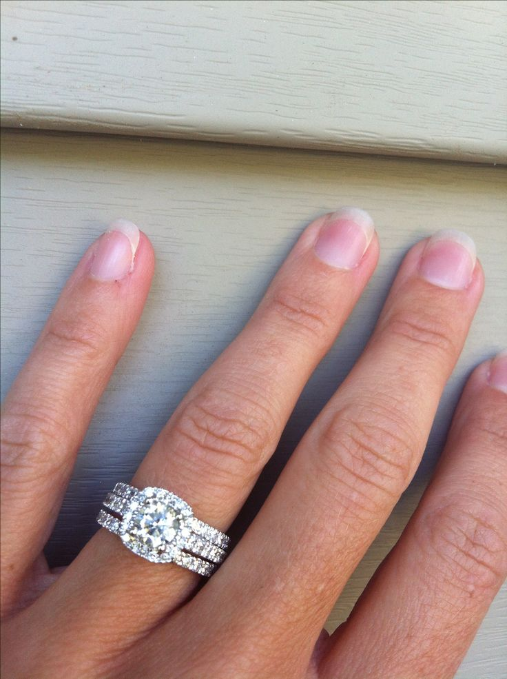Best 25 Double wedding bands ideas on Pinterest  Moissanite rings Beautiful wedding rings and