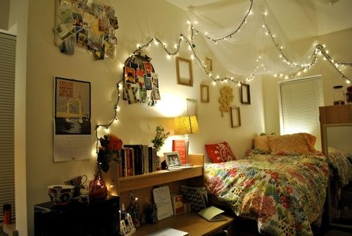 1000+ ideas about Dorm Room Lighting on Pinterest