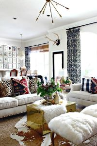 25+ best ideas about Leopard living rooms on Pinterest ...