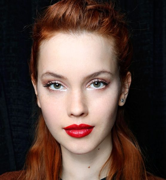 Red Lipstick Fair Skin Light Brown Hair
