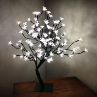 Tree lamp with light up flowers