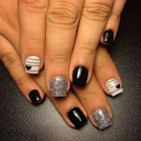 This manicure features the acrylic powder applied on a