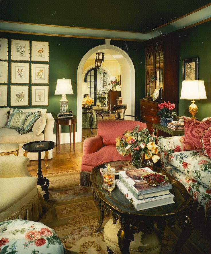 25+ best ideas about Floral sofa on Pinterest