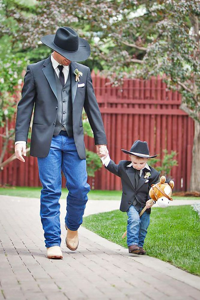 25 best ideas about Rustic groom on Pinterest  Rustic wedding attire Groom outfit and Tweed