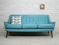 25+ best ideas about Vintage Sofa on Pinterest
