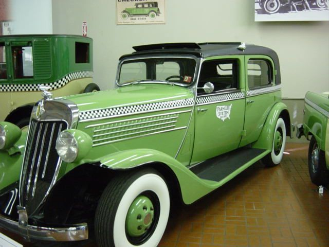 111 best images about Checker Automobile Company on Pinterest   Buses. New york and Marathons