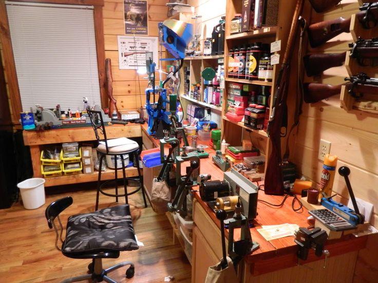 Reloading room  gunsmithing workshop and reloading