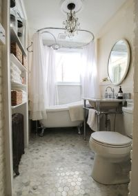 25+ best ideas about Small Vintage Bathroom on Pinterest ...
