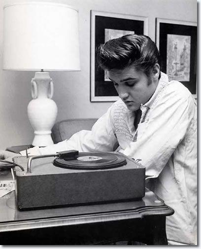 Memphis Car Audio Wallpaper 1751 Best Elvis Presley Images On Pinterest