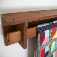 Best 25+ Quilt hangers ideas on Pinterest   Quilt ladder ...