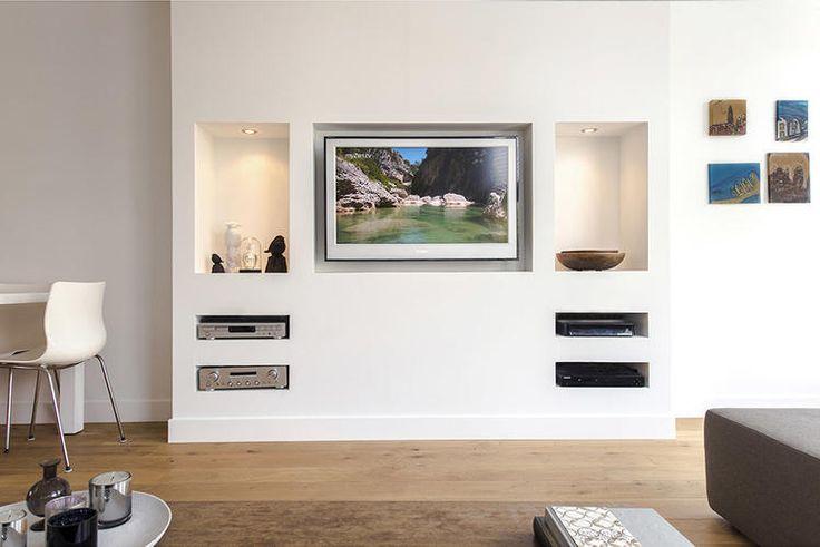 inbouw boekenkast tv in muur inbouwen verlaagd plafond
