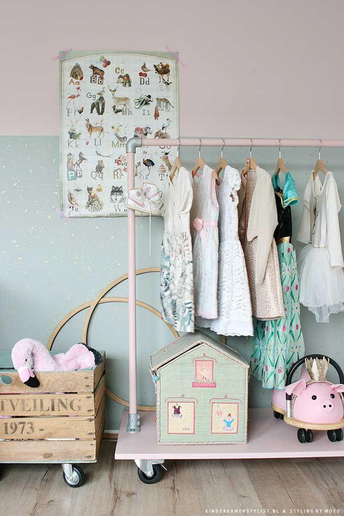 25 beste ideen over Meisjes slaapkamer behang op