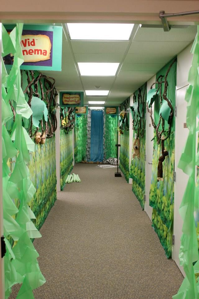 17 Best images about Our VBS Decorationg at Parr Ave Church of Christ on Pinterest  Castle