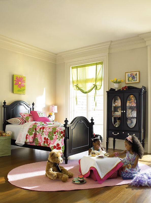 Adorable girls room!