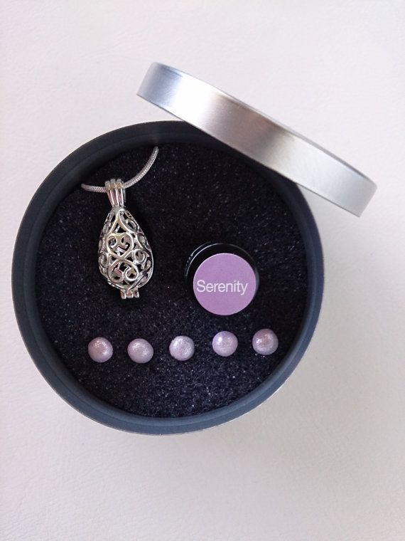 Teardrop Pendant Diffuser Necklace With Aroma By