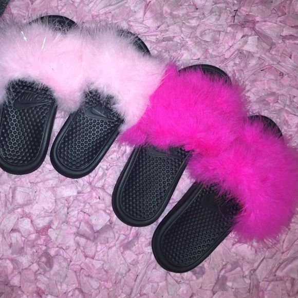 Nike fur slippers Nike slide w a colorful fur of your