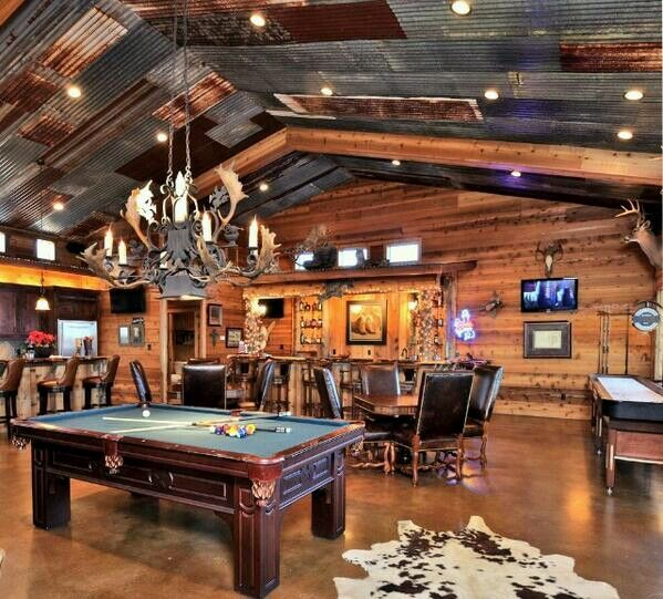 PHOTOS 15 Billiards Rooms Wed Love In Our Home Caves Rec Rooms And Pool Tables