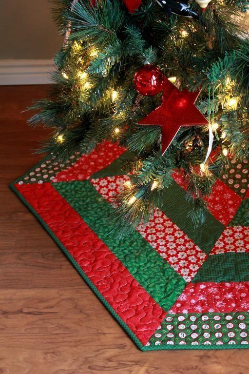 Quilt Pattern Christmas Tree Skirt