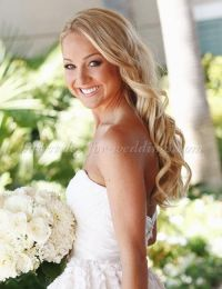 25+ best ideas about Wavy wedding hairstyles on Pinterest