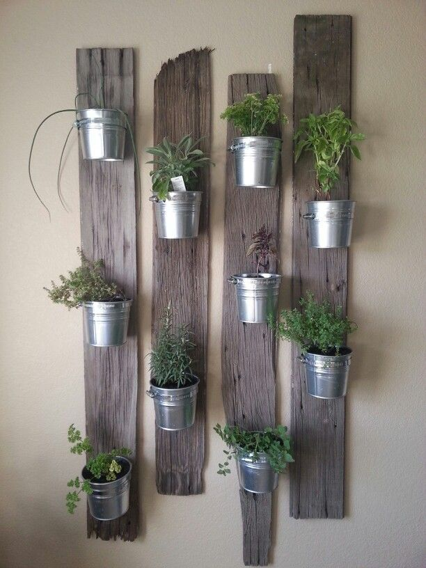 25 Best Ideas About Wall Herb Gardens On Pinterest Growing