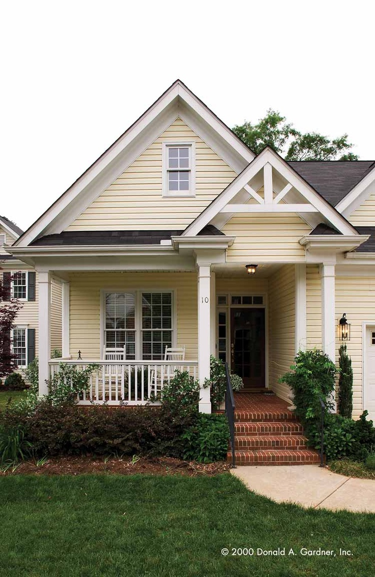 Yellow House With Front Porch – Decoto