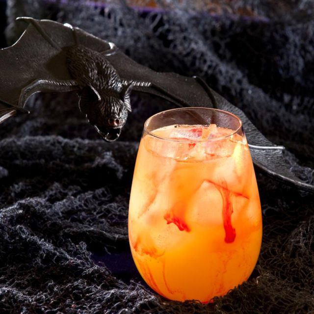 1000 Ideas About Halloween Cocktails On Pinterest