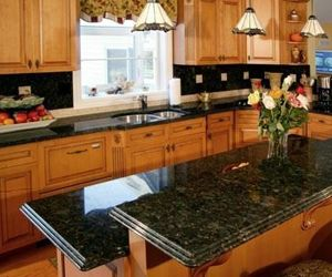 Ubatuba Granite Oak Cabinets Ubatuba Granite Granite