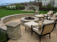 How I want to do the back yard...patio, knee wall, yard ...