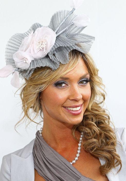 Best 20 Fascinator Hairstyles ideas on Pinterest  Bridal hair half up Long bridal hair and