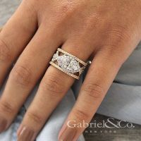 17+ best ideas about Marquise Halo Rings on Pinterest ...