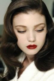 red lipstick fair skin
