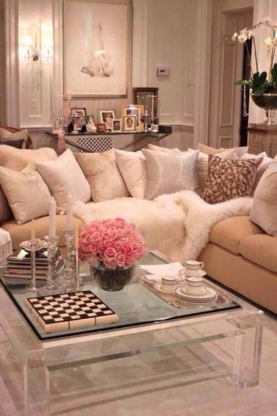 pink glam living room decor Warm living rooms, Fur and Coffee on Pinterest