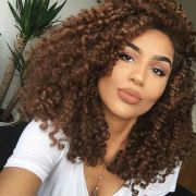 naturally curly hairstyles