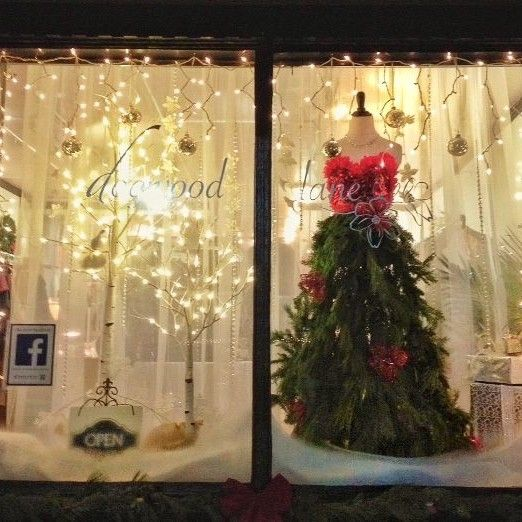 1000+ ideas about Boutique Window Displays on Pinterest
