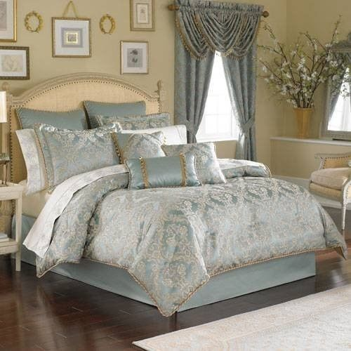 8 Pc Croscill BONNEVILLENapoleon King Size Comforter