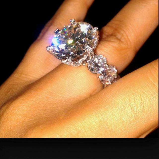 Miss Jacksons Engagement Ring 205 Carats 2 Million