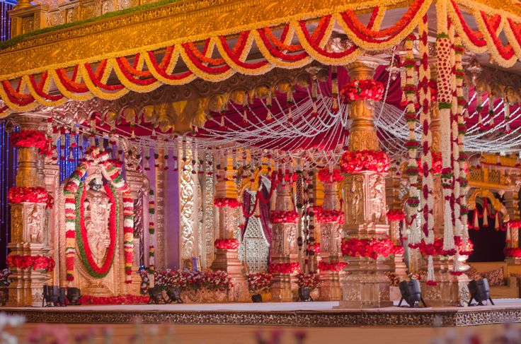 Mandap Decoration To Make It Look Like A Temple Wedding