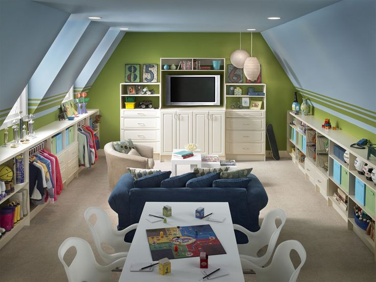 Playroom/bonus room. This is pretty sweet. I like the low shelving along both sides of the