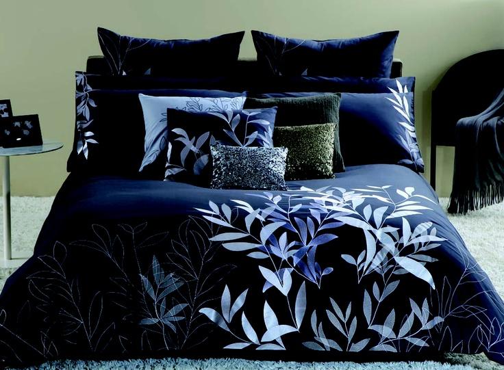 KRISTIE 3 piece comforter set  ensemble de douillette 3